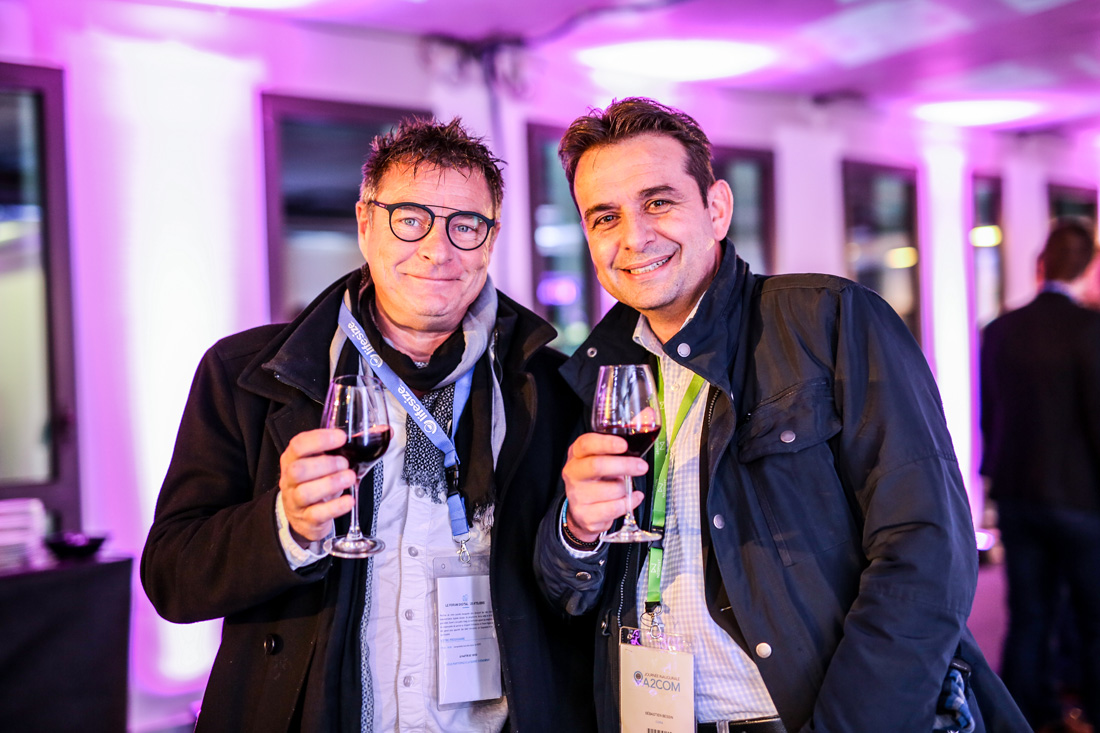 Photographies lors du cocktail de l'inauguration des locaux d'A2COM, Pacé