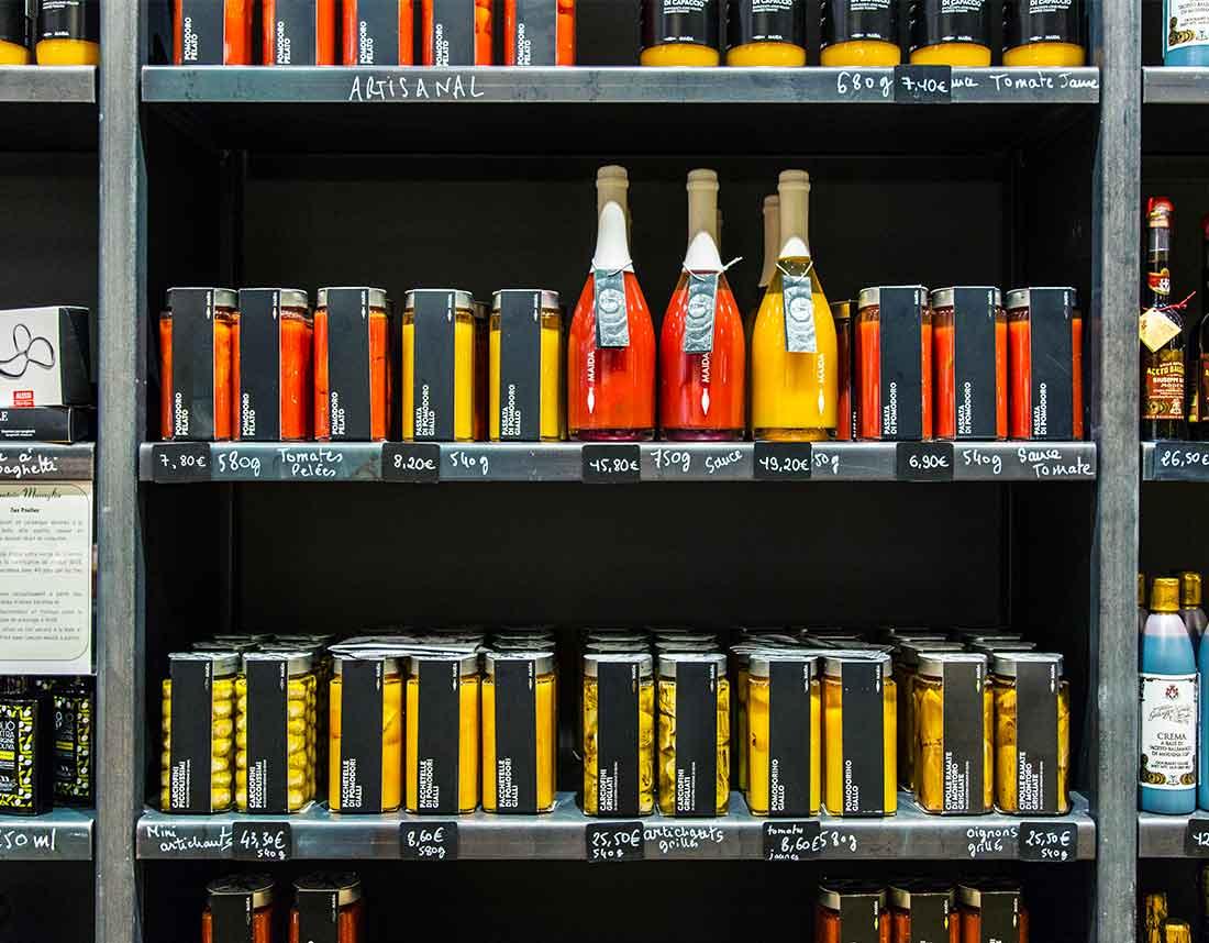 Agence de communication : réalisation d'une série de photographies des produits présents dans la boutique les Bonnes Pâtes